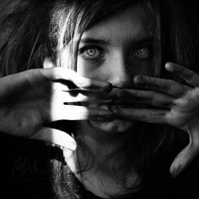 El origen psicosomático de las enfermedades: estrés, trauma, alianza con los padres y bloqueosenergéticos
